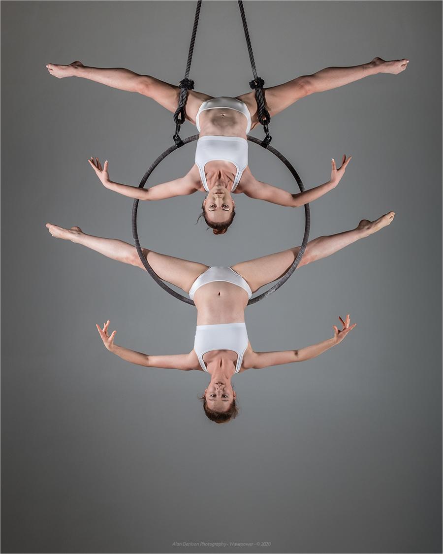 Upside down / Photography by Wavepower, Models Maria Jazmin, Models Velvet Fox / Uploaded 6th September 2020 @ 06:58 PM