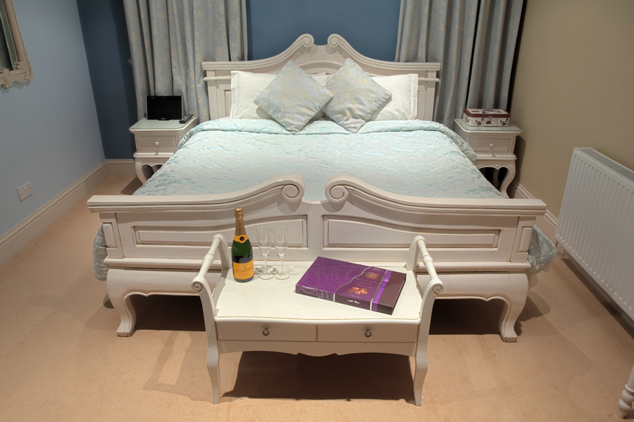 The 'Parisian' bed