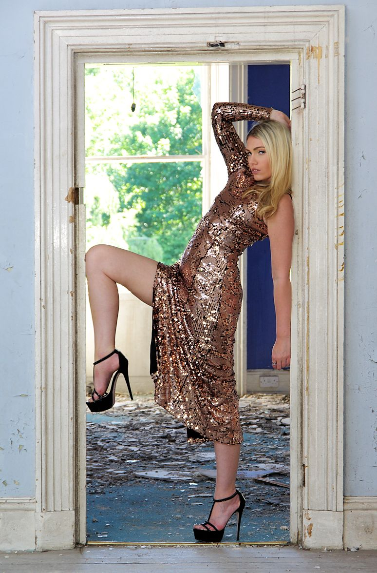 All that glitters ... / Photography by Russb, Model Vivian Blue / Uploaded 9th July 2015 @ 08:22 AM