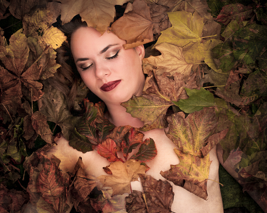 Autumn / Photography by Allsortsphotography, Model Penny Dreadful, Makeup by Penny Dreadful, Post processing by Allsortsphotography / Uploaded 26th October 2016 @ 08:10 PM