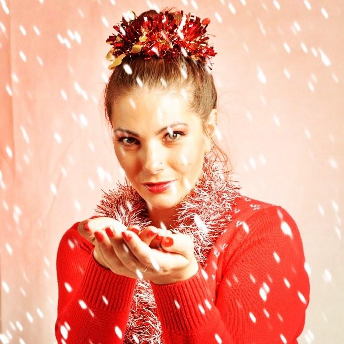 Let it snow, let it snow ❄️ / Model April K, Makeup by April K / Uploaded 12th December 2019 @ 01:14 PM