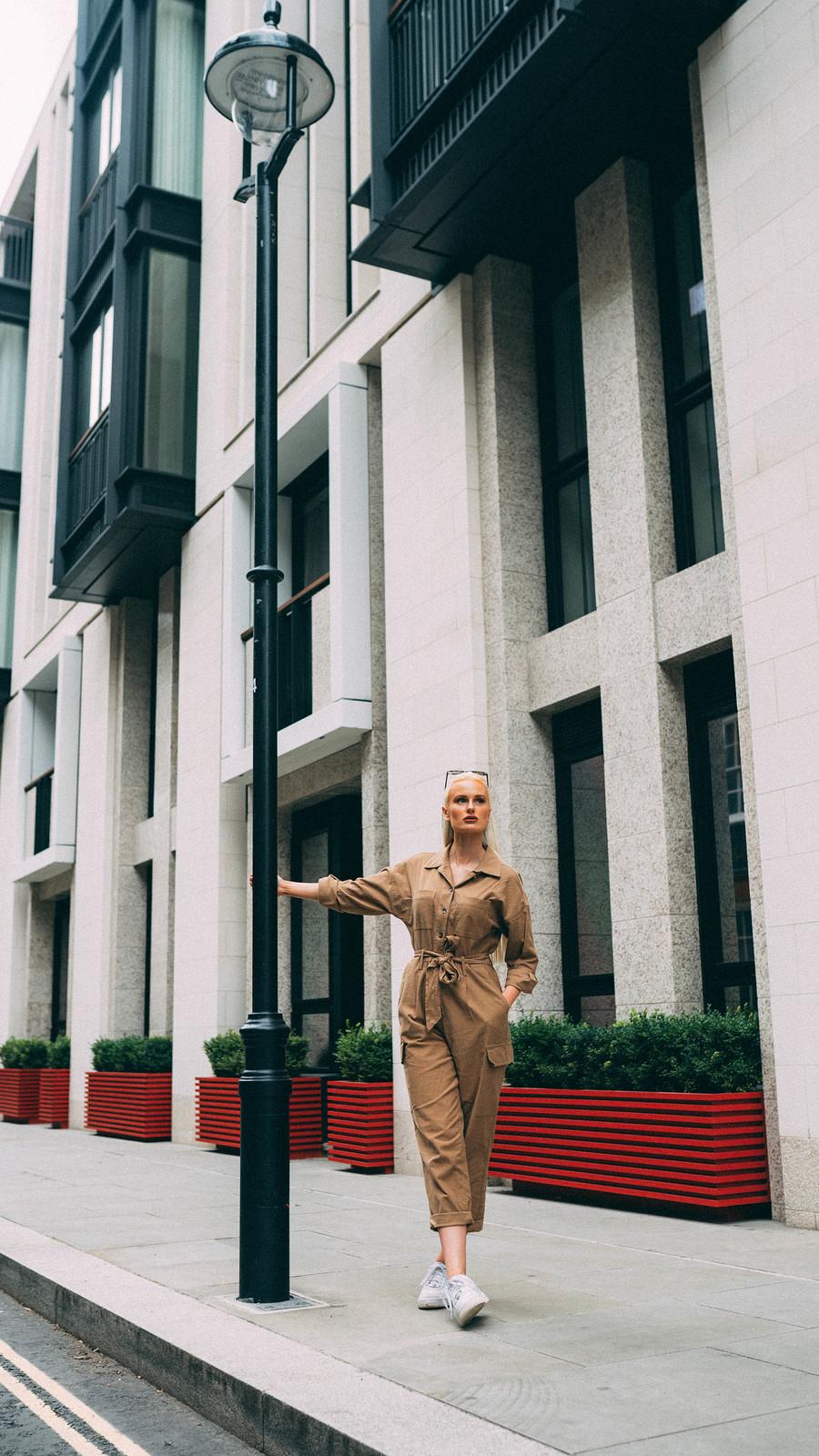 Adventuring around London / Model Summer Ellen / Uploaded 12th July 2020 @ 03:48 PM