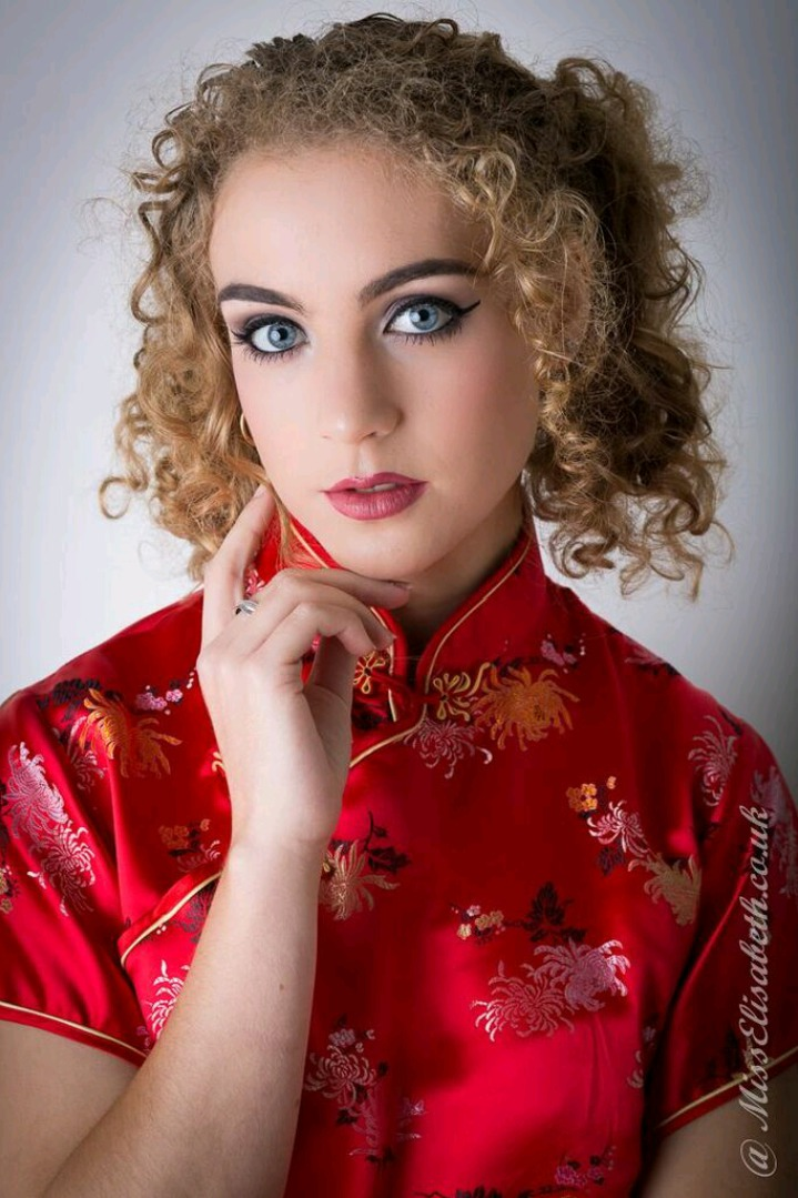 Chinese Dress / Photography by MissElisabeth, Model Lois Loren / Uploaded 1st October 2017 @ 11:03 PM