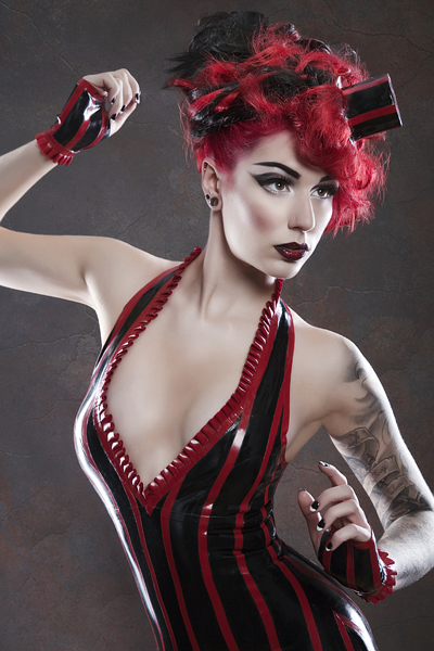 Cervena Fox for Violaceous / Photography by Julian M Kilsby / Uploaded 3rd October 2012 @ 12:01 AM