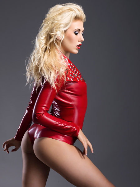 Raphaella for Ooh La Latex / Photography by Julian M Kilsby / Uploaded 2nd October 2012 @ 11:24 AM