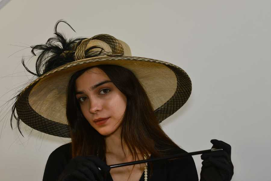 hAT / Photography by Neill, Model noorie / Uploaded 12th October 2021 @ 02:55 PM