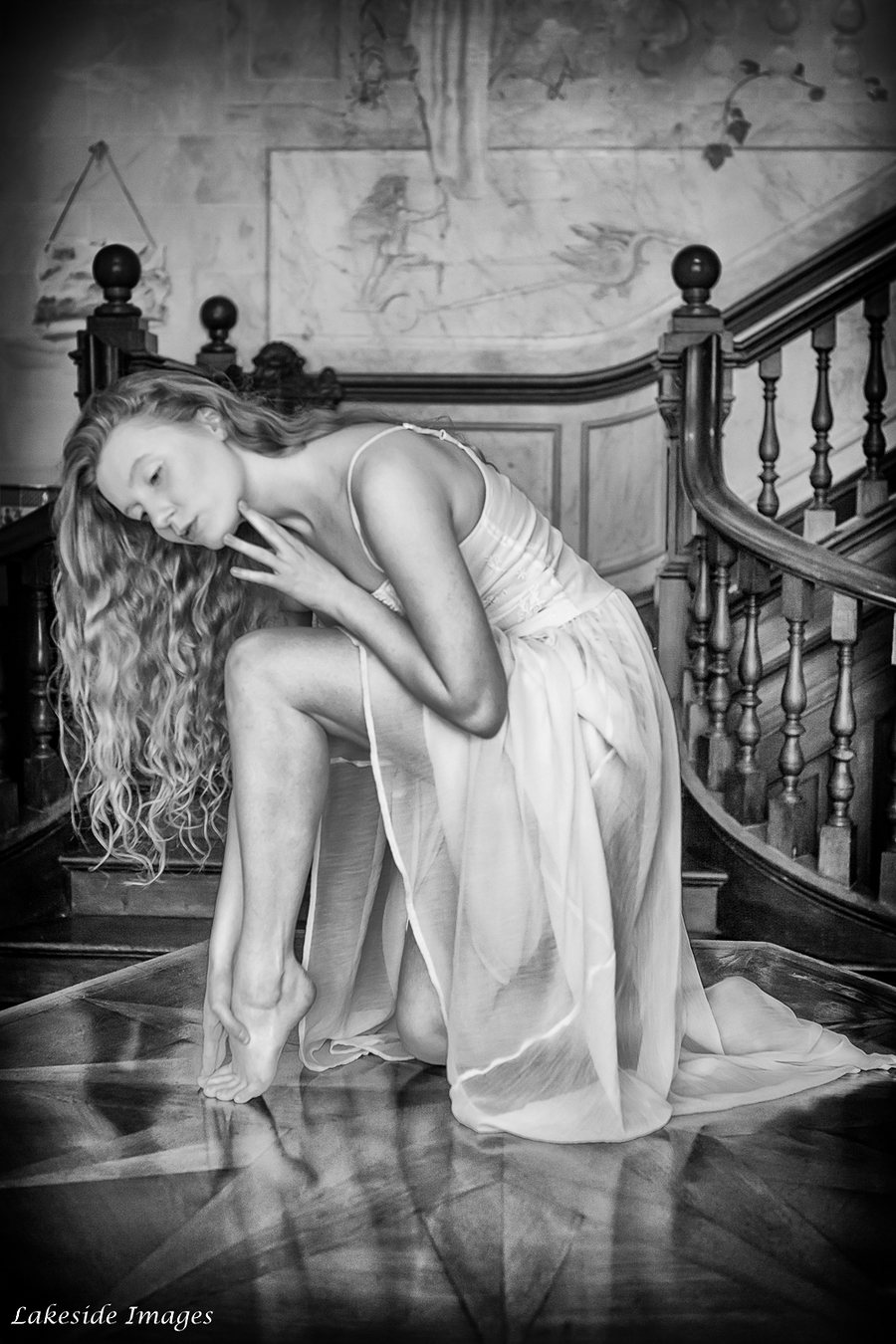 For just a moment I leave the real world and descend into a world of fantasy / Photography by Lakeside Images, Model Lulu Lockhart / Uploaded 19th July 2016 @ 12:58 PM