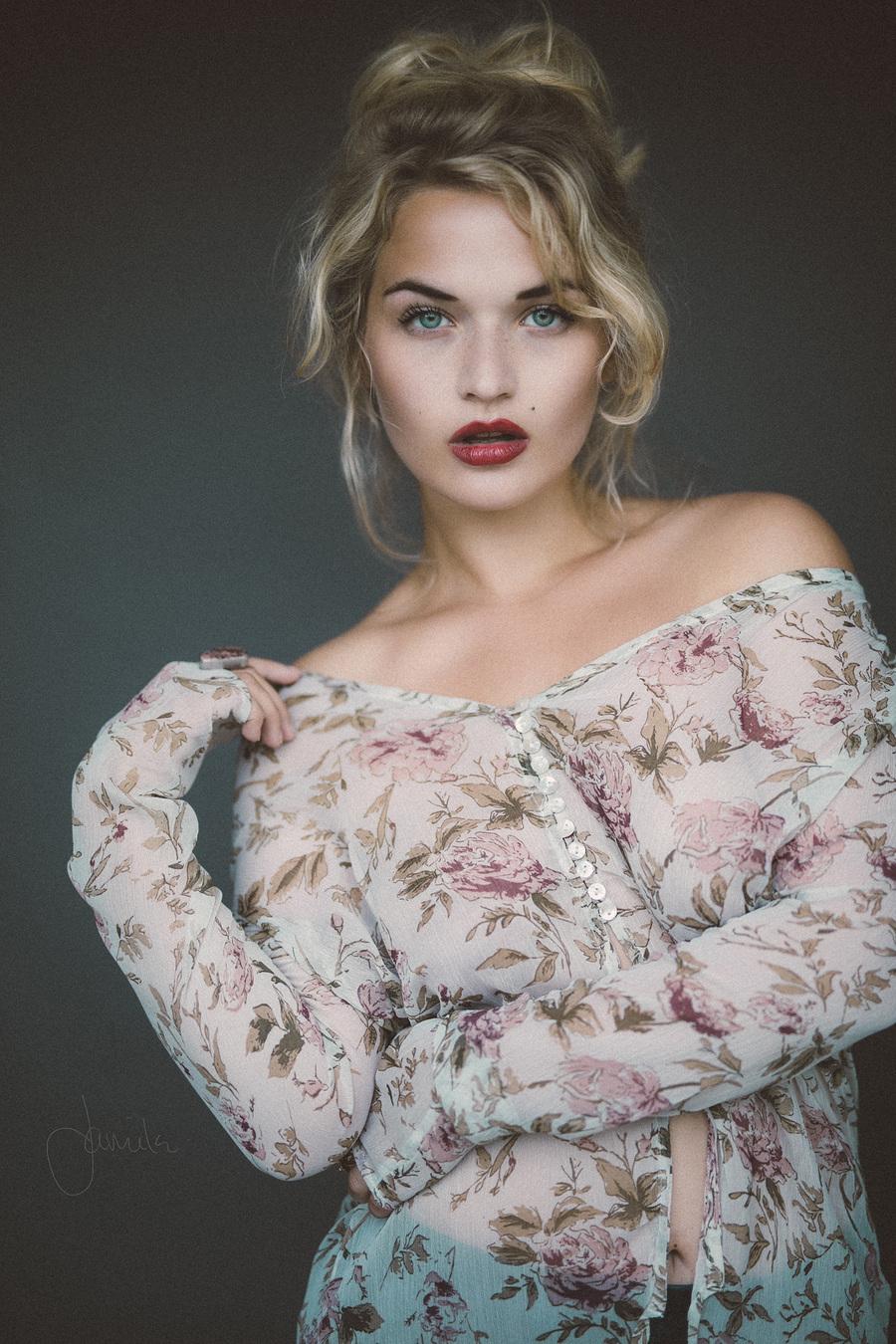 Blue / Model Jessica Megan / Uploaded 15th August 2016 @ 07:05 AM
