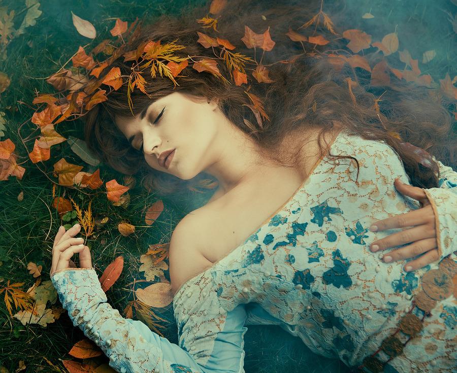 Hibernate / Photography by Richard Wakefield, Model Jessica Megan, Stylist Maria.Mirage.Photography, Taken at Medusa's Garden / Uploaded 28th October 2016 @ 12:42 PM