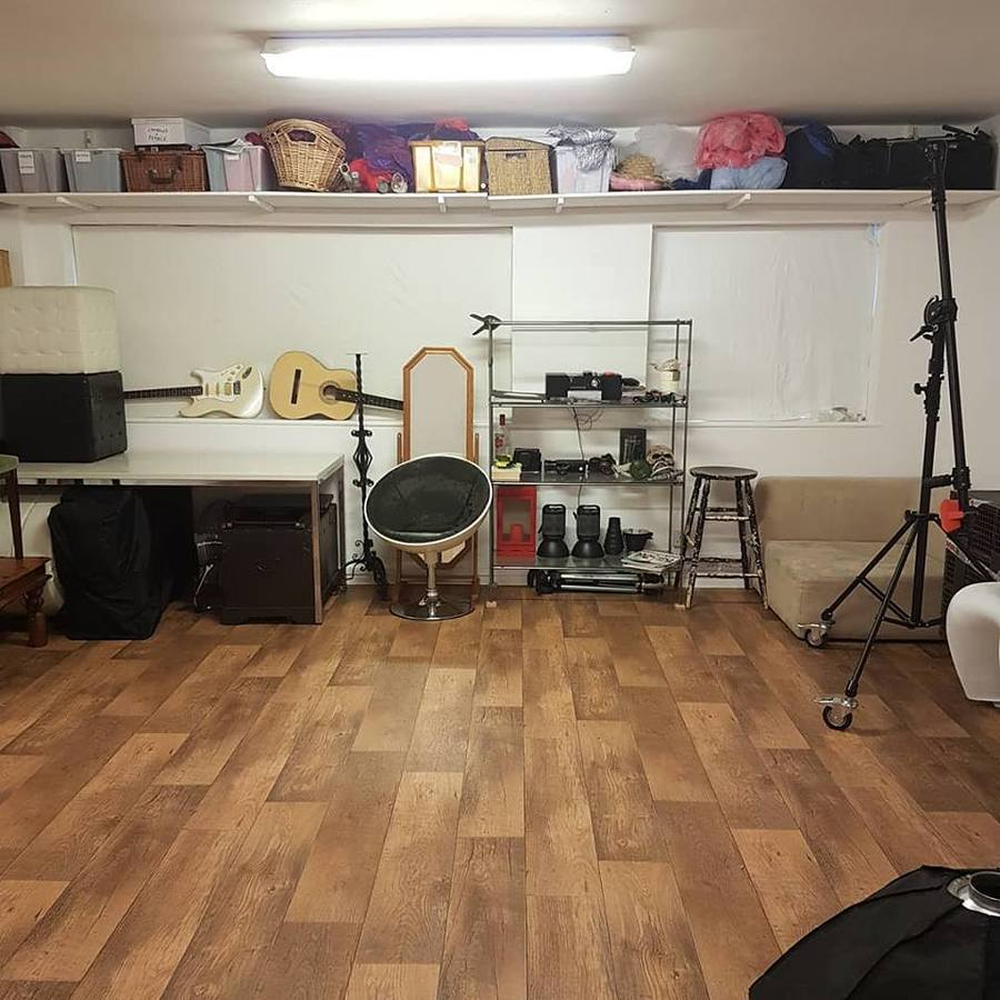 Back of the main room / Taken at Fine and DanDee Studio / Uploaded 4th January 2019 @ 04:12 PM