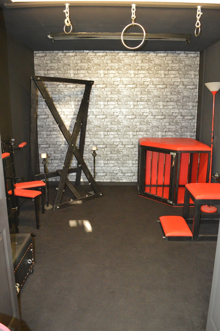 Dungeon set / Taken at Fine and DanDee Studio / Uploaded 4th January 2019 @ 04:15 PM