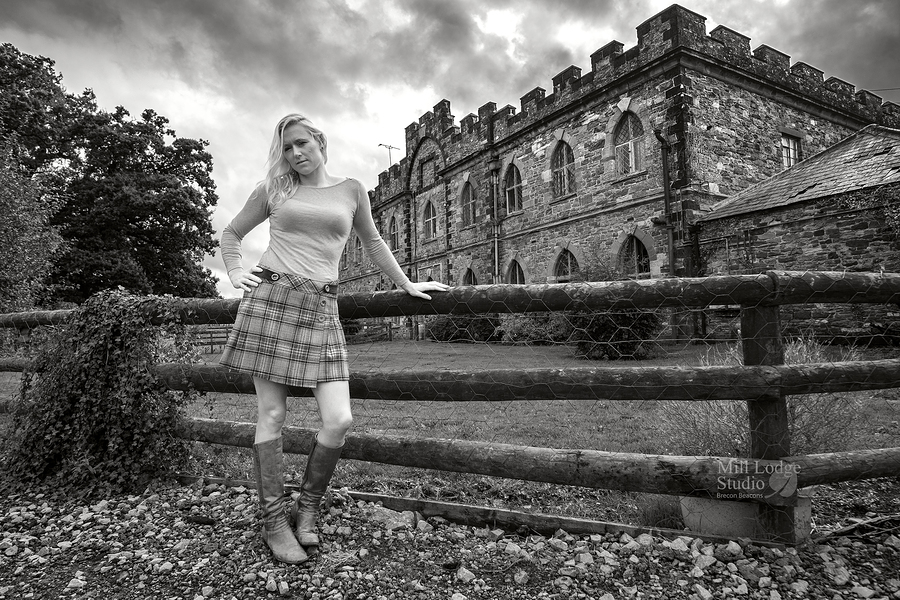 At home with Lady Catherine / Photography by Kelvin Brain - Mill-Lodge Brecon Beacons, Model catherine3, Post processing by Kelvin Brain - Mill-Lodge Brecon Beacons / Uploaded 26th September 2019 @ 10:18 PM
